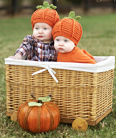Twin Halloween photo ideas